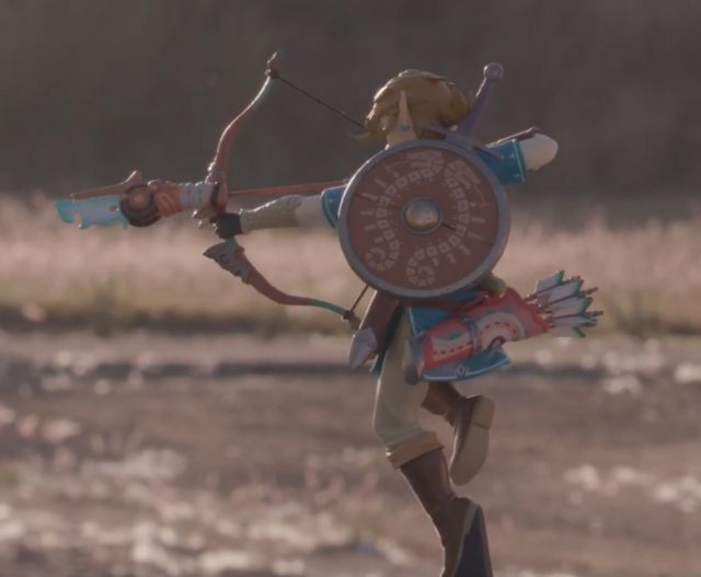Breath of the Wild Link First4Figures Statue Back