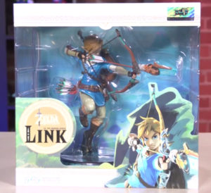 Legend of Zelda Breath of the Wild Link Statue Box First 4 Figures