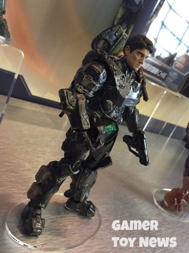 """Side View of Mattel Halo 6"""" Spartan Buck Figure"""