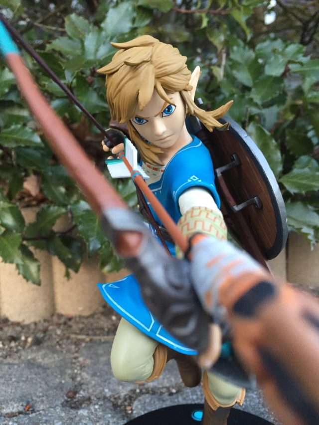 First4Figures Zelda Link PVC Statue Review Breath of the Wild