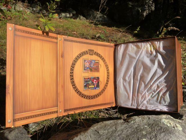 F4F Exclusive Crash Bandicoot PVC Box Unboxing