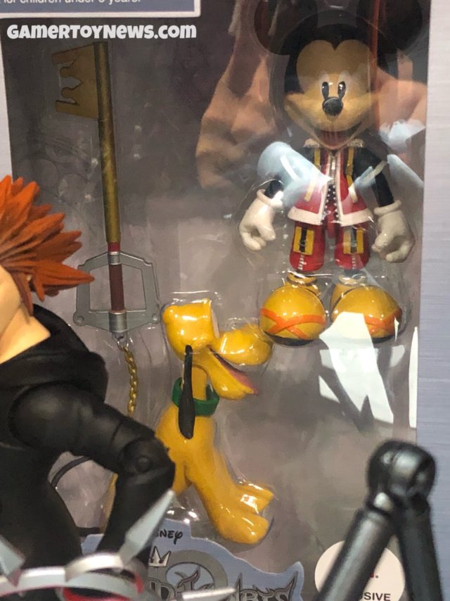 Walgreens Exclusive Kingdom Hearts Mickey and Pluto Figures