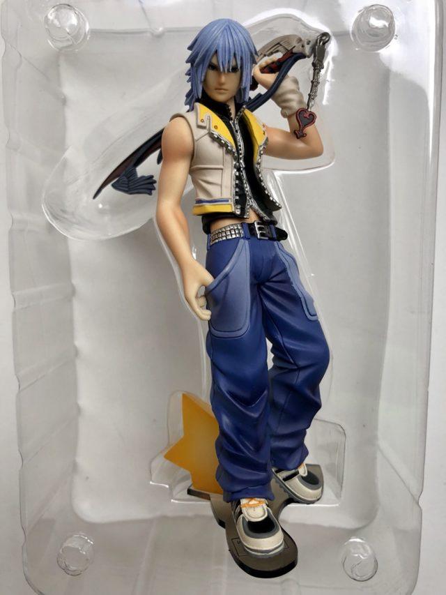 Riku Kingdom Hearts II Static Arts Statue Packaged